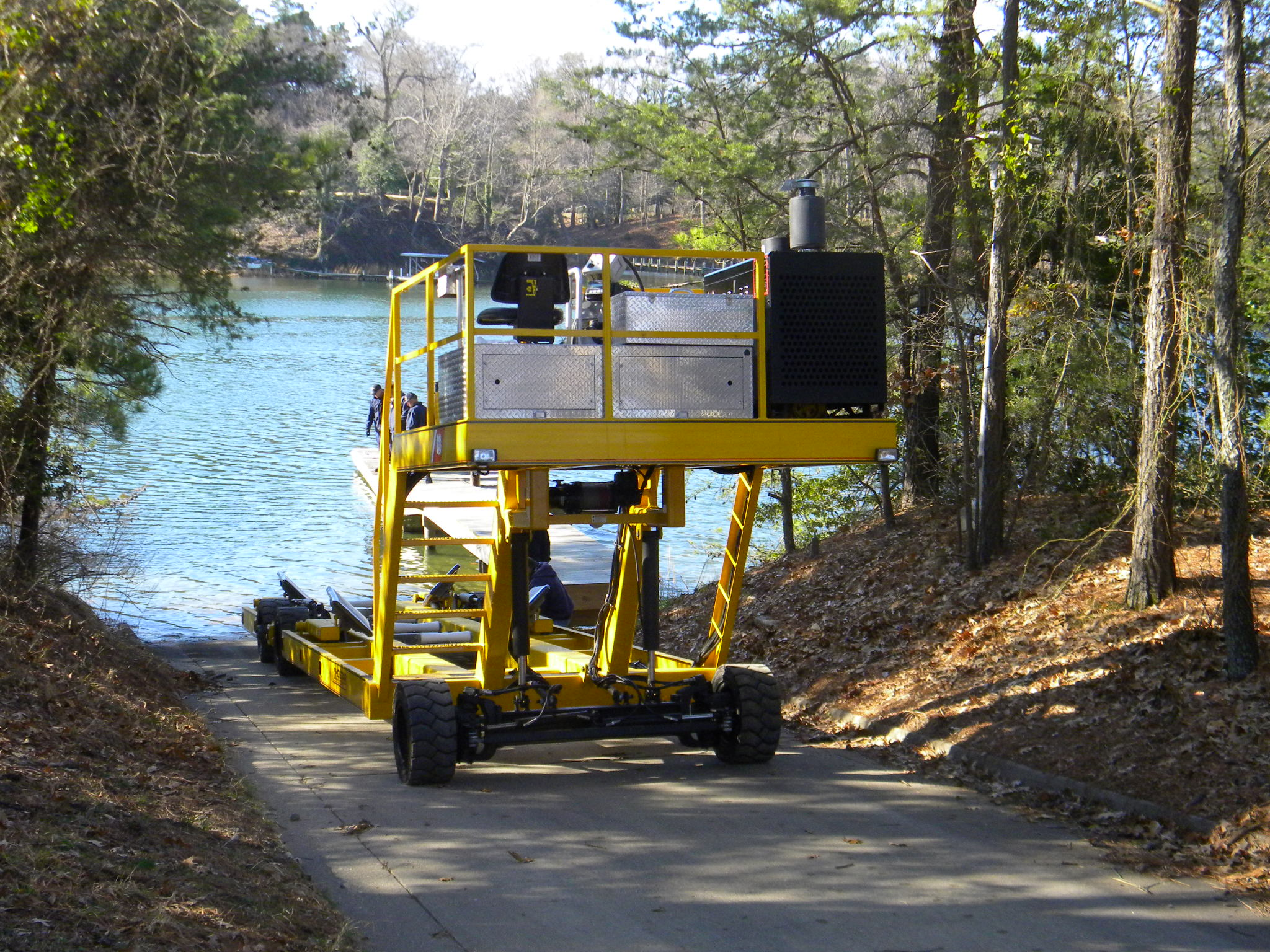 HOSTAR � Self Propelled Boat Mover